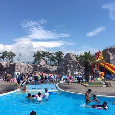 夏の終わりの富士マリンプール