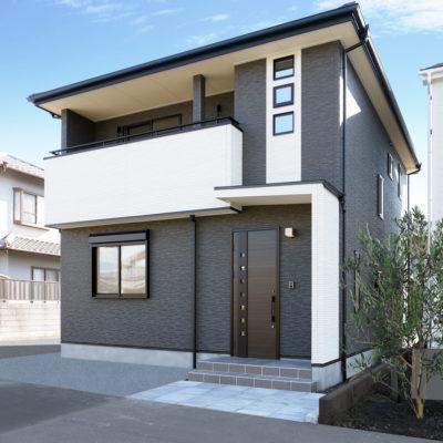 コンパクトでも豊かに暮らす高断熱の家